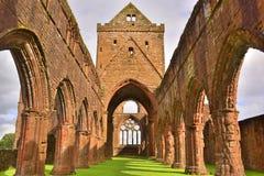 Mittelalterliche Abtei Stockfotos