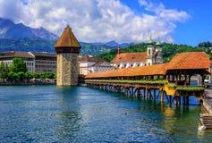 Mittelalterliche alte Stadt der Luzerne, die Schweiz lizenzfreie stockfotos