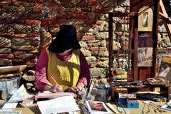 Mittelalterliche Art der Frauenfarbe in einem mittelalterlichen Festival Lastra Marmantile-Stadt ein SIGNA Stockbild
