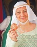 Mittelalterliche Dame am Fort George Stockfotos