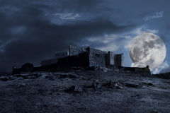 Mittelalterliche dunkle Landschaft Stockbilder
