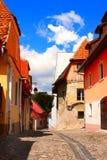 Mittelalterliche Häuser in Festung Sighisoara-Stadt, Siebenbürgen, römisch Lizenzfreies Stockfoto