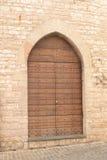 Mittelalterliche italienische Haustür Lizenzfreie Stockfotografie