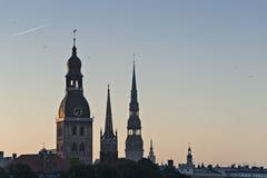Mittelalterliche Kirchen in altem Riga, Lettland, Europa lizenzfreie stockfotografie
