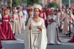 Mittelalterliche Parade in alba, Italien Stockbild
