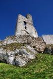 Mittelalterliche Ruinen von Mirow ziehen sich, mittelalterliche Ruinen Polens von Mirow-Schloss, Polen zurück Stockfoto