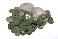 Mittelalterliche Silbermünzen lizenzfreies stockfoto