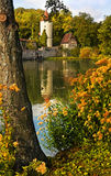 Mittelalterliche Stadtwand mit Kontrollturm Lizenzfreie Stockfotos