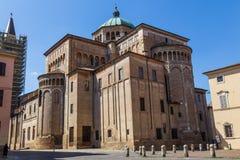 Mittelalterliche Straße in der alten Stadt von Parma, Italien Lizenzfreie Stockbilder