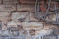 Mittelalterliche Wand des Kalksteins des Steins blockiert Beschaffenheitshintergrund-Oberflächenbetriebsniederlassung auf der Sei Lizenzfreie Stockfotografie