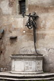 Mittelalterliche Wasservertiefung Stockfotografie