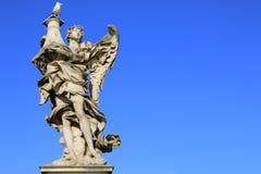 Mittelalterliche Zahl eines Engels auf dem berühmten Brücke Heilig-Angelo-Br Lizenzfreie Stockfotografie