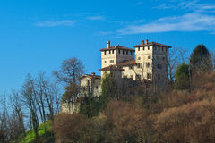 Mittelalterlichen Cassaccos Schloss in Friuli lizenzfreies stockfoto