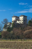 Mittelalterlichen Cassaccos Schloss in Friuli stockbild