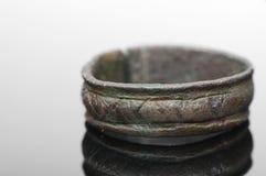 Mittelalterlicher Ring mit Runen- Buchstaben Stockfoto