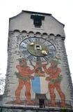 Mittelalterlicher Turm von Luzern-Stadtmauer. Stockfotos