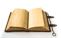 Mittelalterliches Buch mit Kette Stockfotos