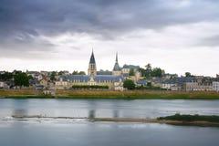 Mittelalterliches Gebäude entlang der Loire in Blois Stockbild