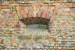 Mittelalterliches kleines Fenster Stockfotografie