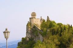 Mittelalterliches Schloss in San Marino Stockfoto