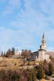 Mittelalterliches Schloss und Glockenturm Stockfotografie