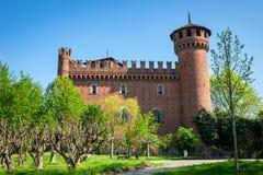 Mittelalterliches Schloss am Valentino-Park in Turin, Italien lizenzfreie stockfotografie