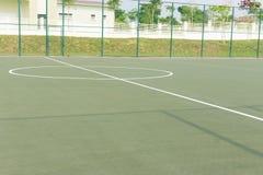 Mittellinie und Bereich formen Markierung an der Mitte des futsal Gerichtes Lizenzfreie Stockfotografie