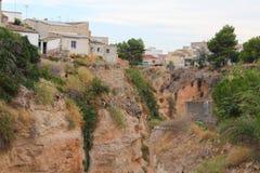 Mittelmeer-Cliff Nature Surface Houses lizenzfreie stockfotografie
