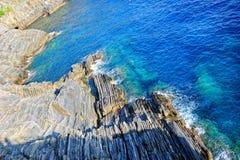 Mittelmeer- und Gebirgshintergrund Lizenzfreie Stockfotografie