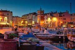 Mittelmeerhafen - blaue Stunde Stockfotografie