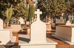 Mittelmeerlandfriedhof stockbild