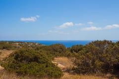 Mittelmeerlandschaft auf einem Kap Greco Stockbild