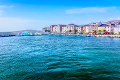 Mittelmeerlandschaft in Kroatien, PAG-Stadt Stockbild
