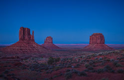 Free Mitten Buttes In Monument Valley Royalty Free Stock Images - 27456779