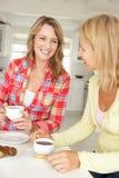 Mittlere Altersfrauen lizenzfreies stockfoto