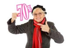 Mittlere gealterte Frau, siebzig-Prozent-Rabattzeichen Lizenzfreies Stockbild