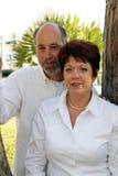 Mittlere gealterte Paare im Park Stockfoto