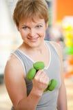 Mittleres gealtertes weibliches Portrait Stockfoto