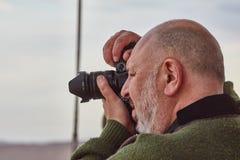 Mitzpe拉蒙, 2016年12月02日:摄影师为m照相 免版税库存照片
