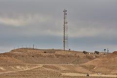 Mitzpe Ramon, 02 2016 Grudzień: Komórkowa antena przy Negew de Zdjęcie Royalty Free