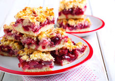 Mix berry crumble cake Royalty Free Stock Images