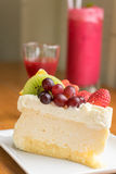 Mixed fruit cheese cake Stock Photos