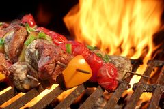 Free Mixed Meat And Vegetables Kebabs On Charcoal Barbeque Grill Stock Photo - 54028180