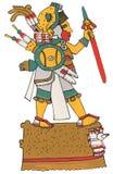 Mixtec-Krieger im Leopardhautkopfschmuck Stellung auf Plattform, Schild und rote Stange halten Stockfoto
