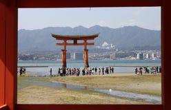 Miyajima большое Torii Стоковое Изображение