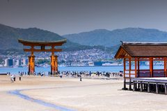 Miyajima, Famous big Shinto torii standing in the ocean in Hiroshima, Japan Royalty Free Stock Photos