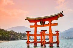 Miyajima, Hiroshima, Japan bij de drijvende poort van Itsukushima S Royalty-vrije Stock Foto's
