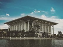 Mizan putrajaya för Masjid sultan moské Arkivbild