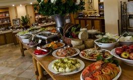 Mizpe Hayamim läcker frukost Royaltyfri Fotografi