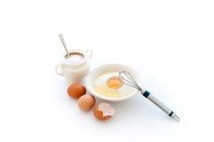 Mjöl med ägg och socker Royaltyfria Bilder
